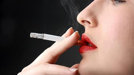 ¿FUMAR = ESQUIZOFRENIA?
